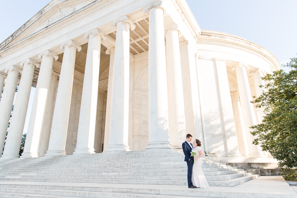 Wedding photos at the Jefferson Memorial in Washington, DC | Washington DC Wedding Photographer | Megan Rei Photography