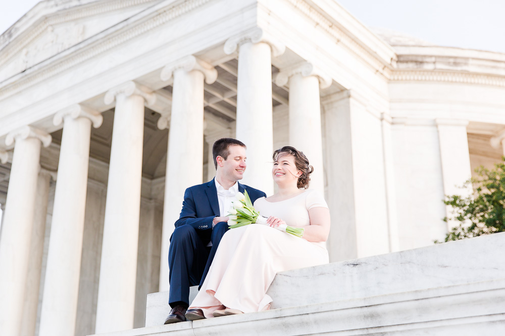Wedding photos at the Thomas Jefferson Memorial | Best Locations in DC for Wedding Photos | Washington DC Candid Wedding Photographer | Megan Rei Photography