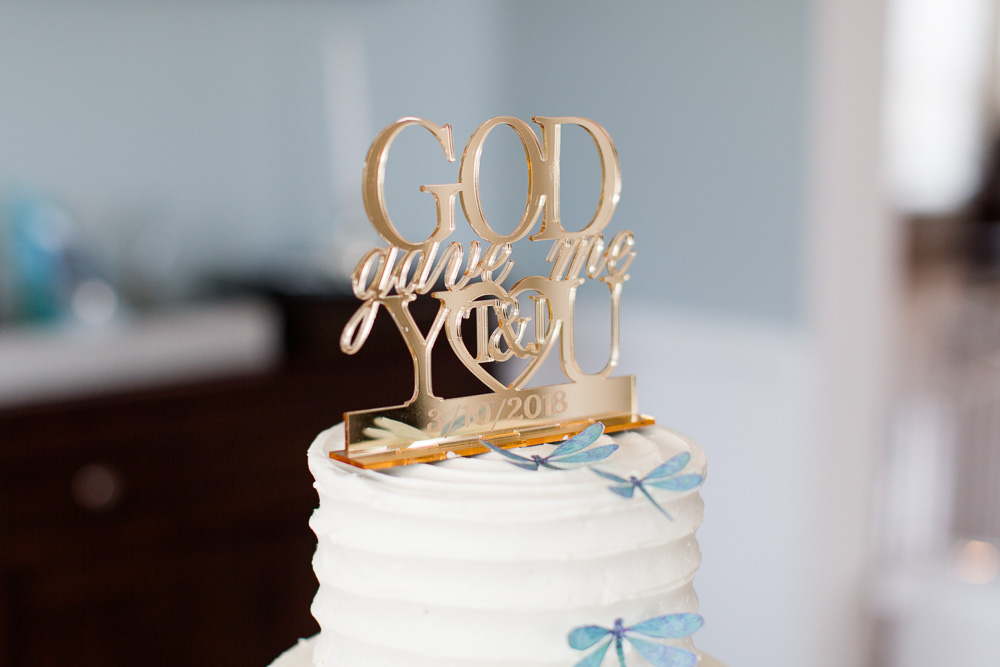 Cake topper from small wedding in Culpeper | Haute Cakes