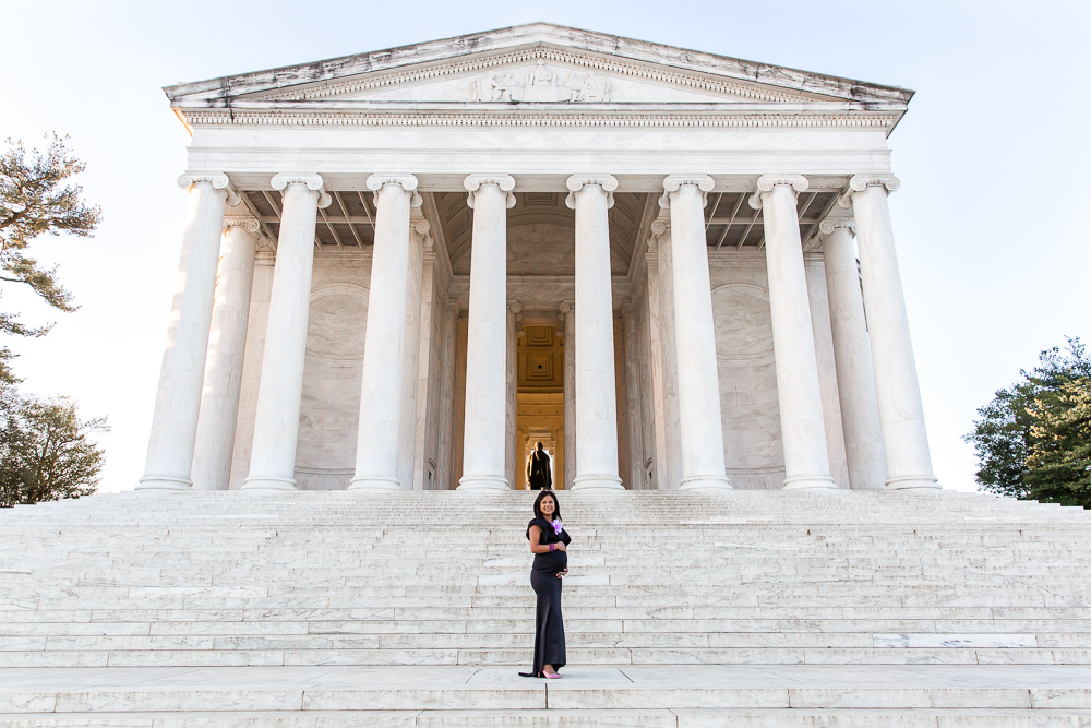 Maternity photo in front of the Thomas Jefferson Memorial | Washington DC Maternity Photographer | Megan Rei Photography