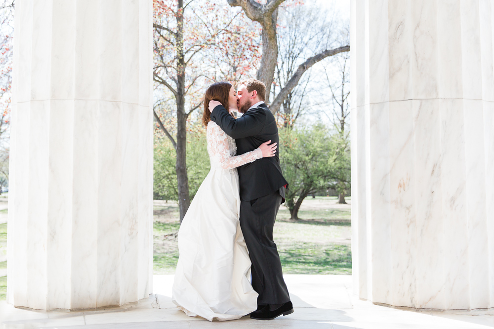 The first kiss | Small wedding ceremony at the DC War Memorial