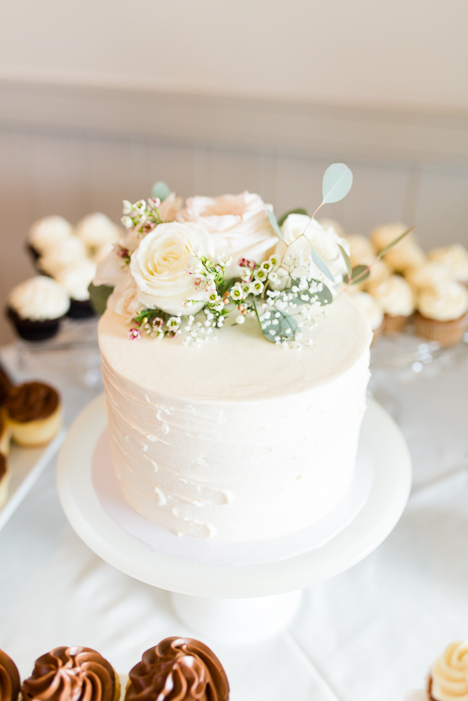 Delicious wedding cake from Cakes by Rachel | Best wedding cakes in Crozet, Virginia