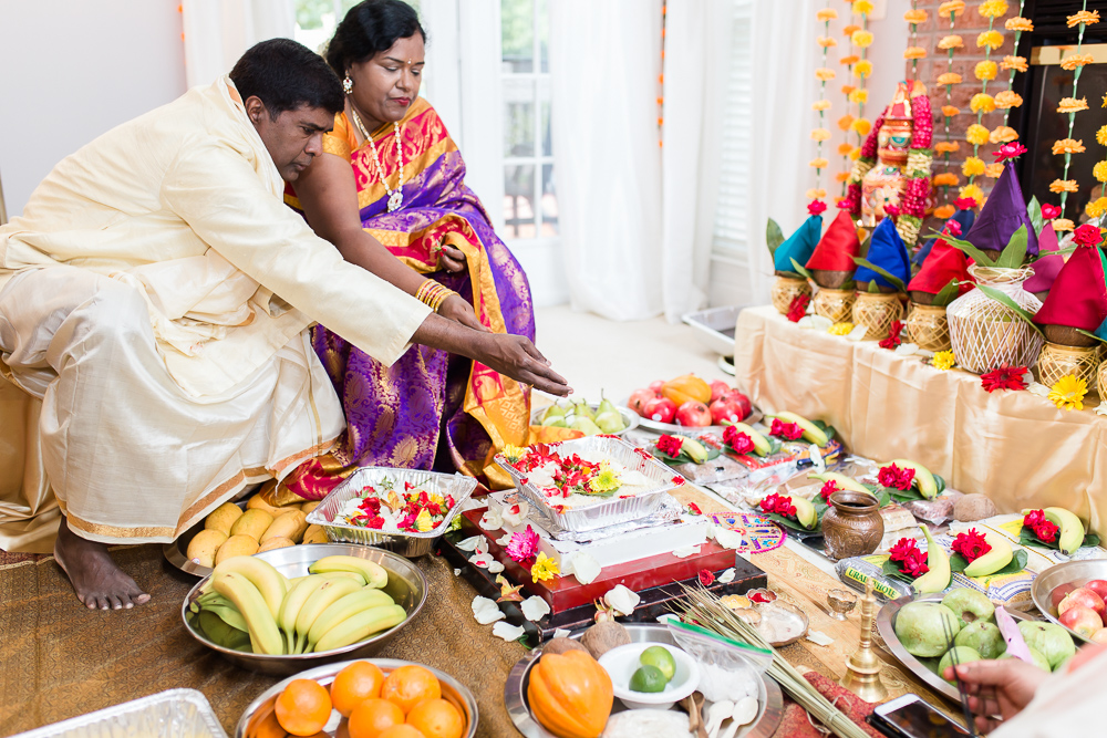 Husband and wife during Shashti Poorthi ceremony in Herndon, VA
