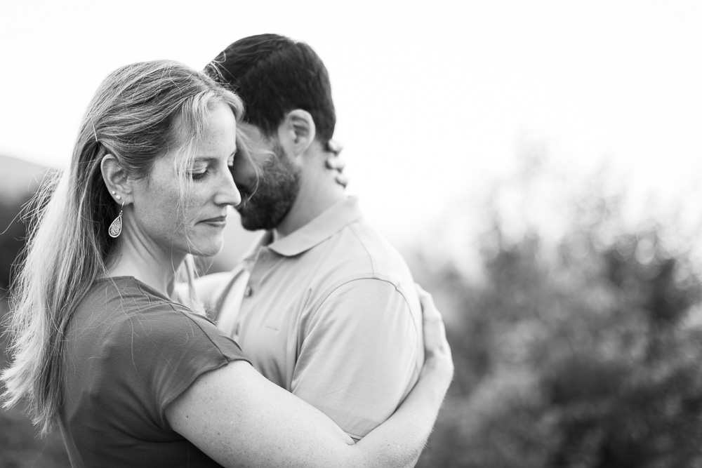 Romantic engagement pictures in the Blue Ridge Mountains
