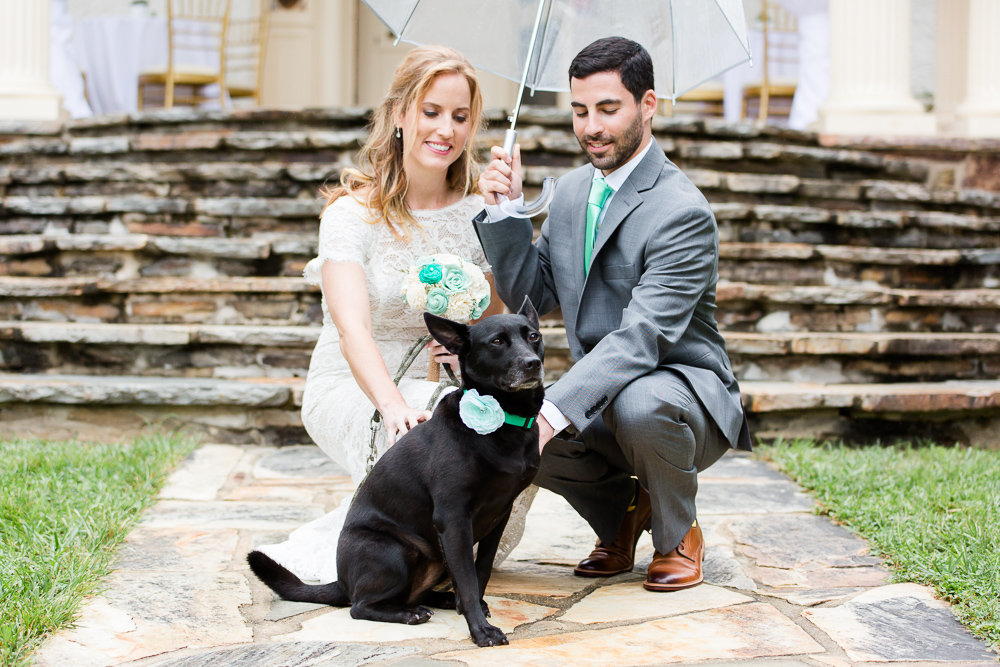 Wedding couple with their dog at Rust Manor House | Dog-friendly wedding venue in Northern Virginia