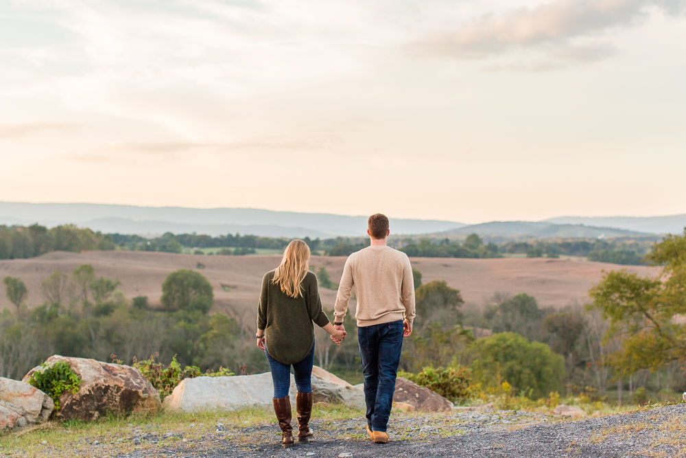 Watching the sunset from Blue Valley Winery and Vineyard | Best wineries for engagement photos