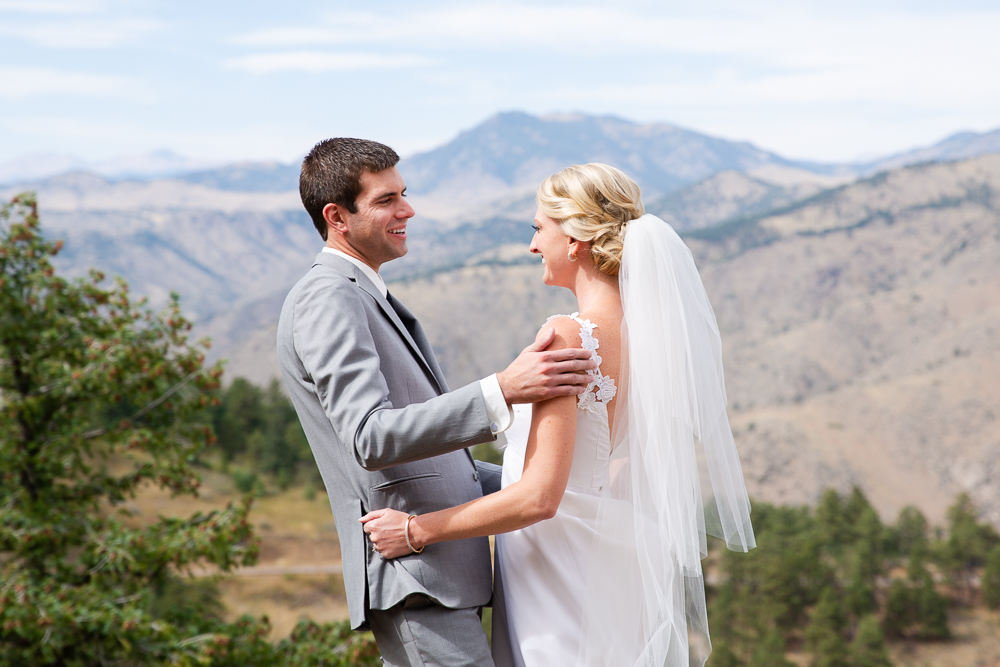 Best wedding photo locations near Denver, Colorado | Lookout Mountain
