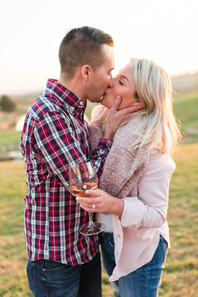Best places in Northern Virginia for surprise proposal and engagement pictures | Stone Tower Winery, Leesburg