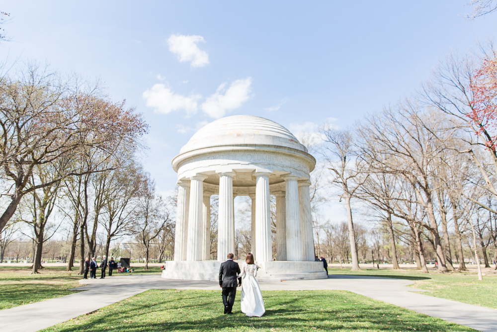 Wedding photos at the DC monuments
