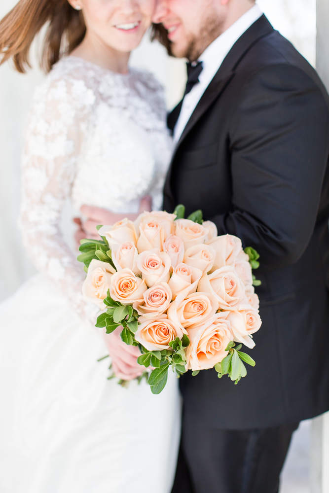 Beautiful peach rose bouquet at a DC wedding