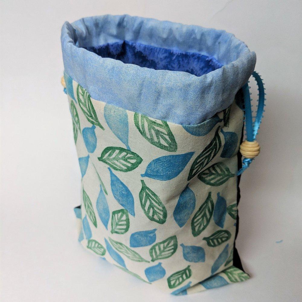 November 24 : Machine Sewing Tote Bags