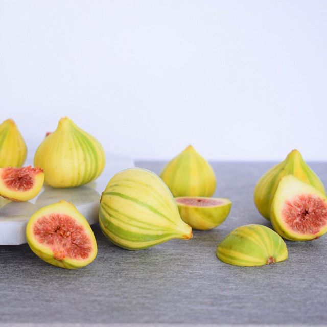 What to do with these pretty babies..? Any suggestions? . . . #figs #figseason #tigerstripefigs #freshfruit #rawfood #beautifulfood #wholefood #colorfulfoods #fruit #organic #plantfood #plantbased #foodphoto #foodphotography #thesproutedpalate
