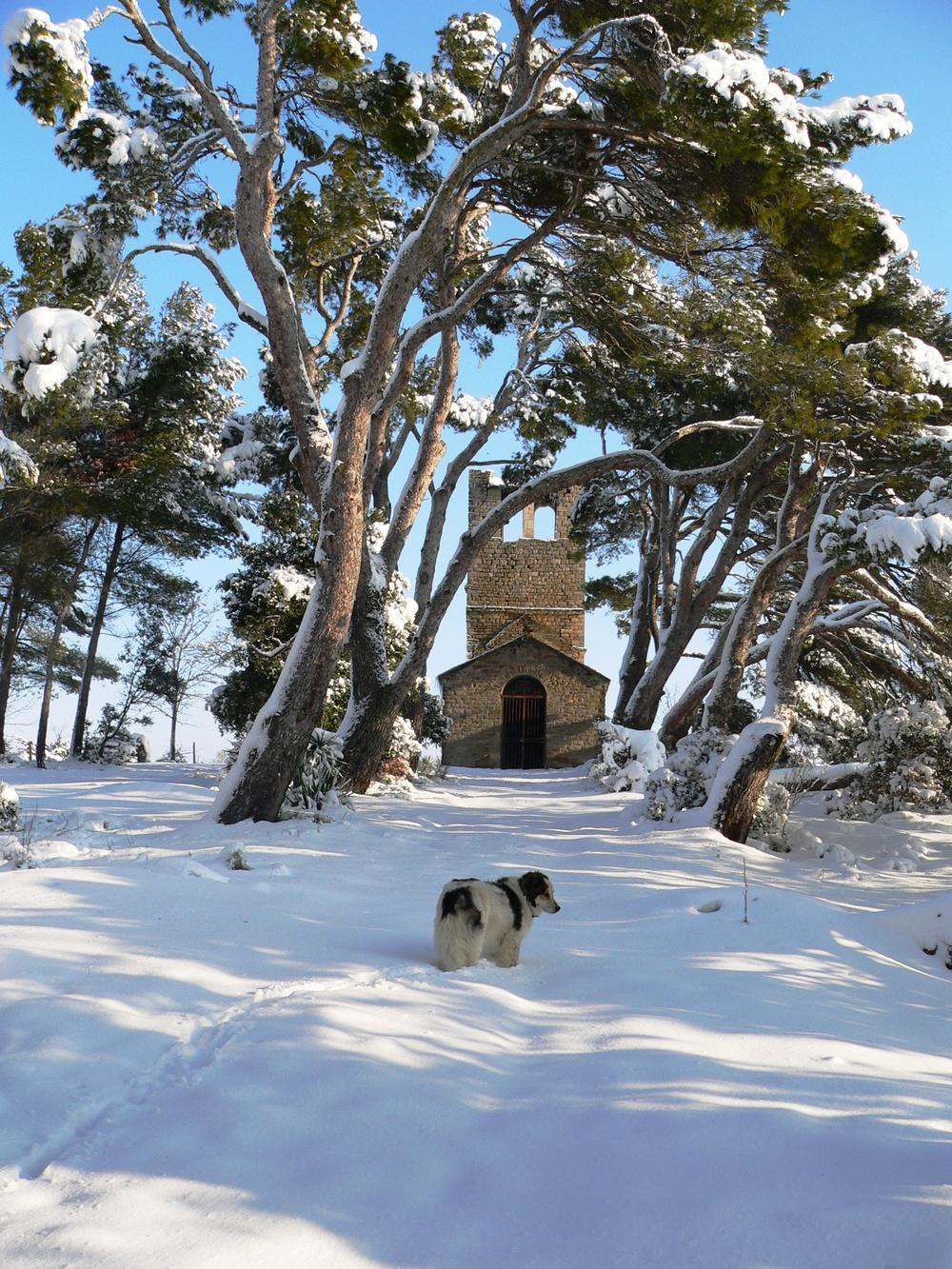 chapelle et tana.jpg