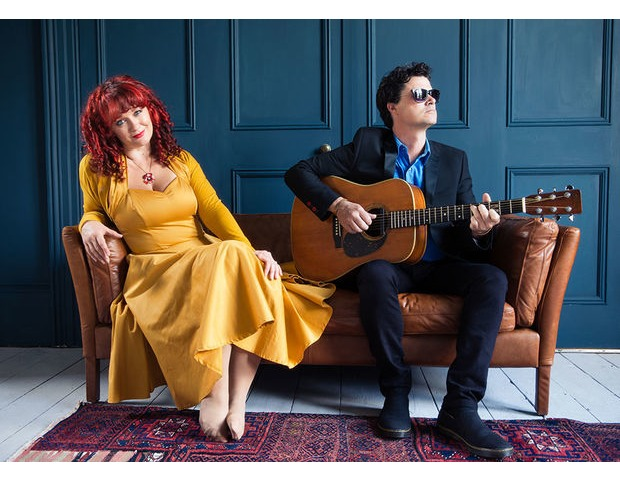 kathryn-roberts-sean-lakeman-press-shot-website-2-205.jpg
