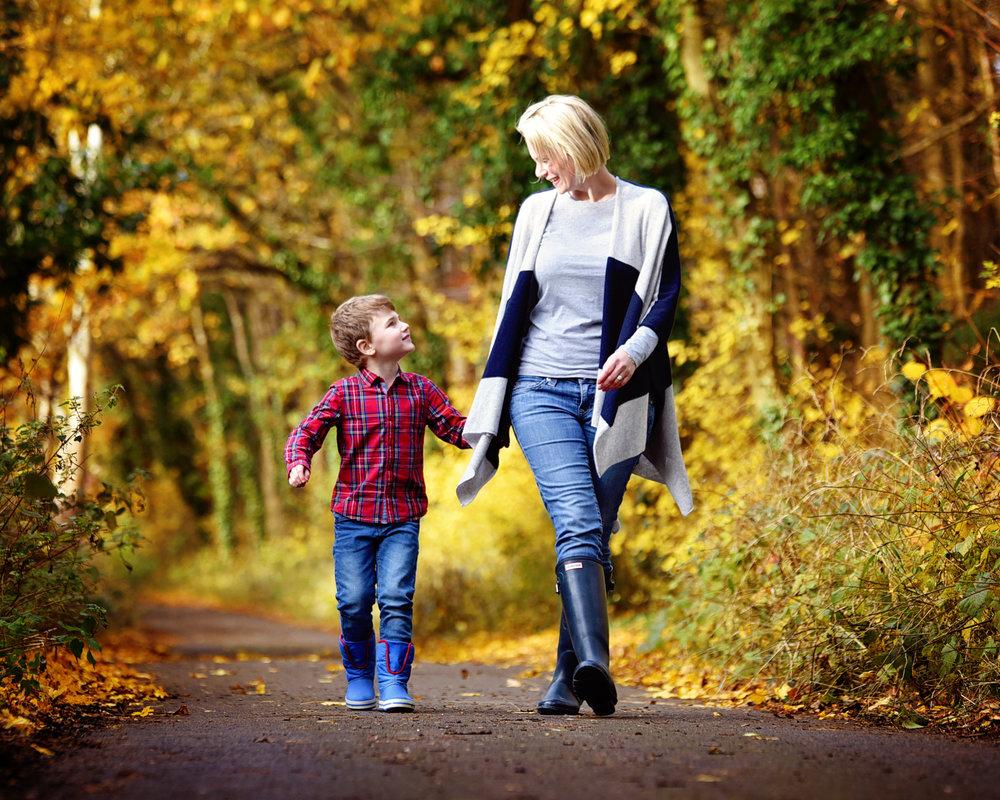 Autumn Family Portraits Photo Shoot Basingstoke Hampshire Berkshire