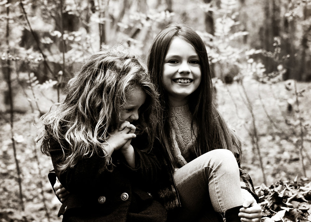 Sisters - a fab shoot with two very beautiful young ladies!