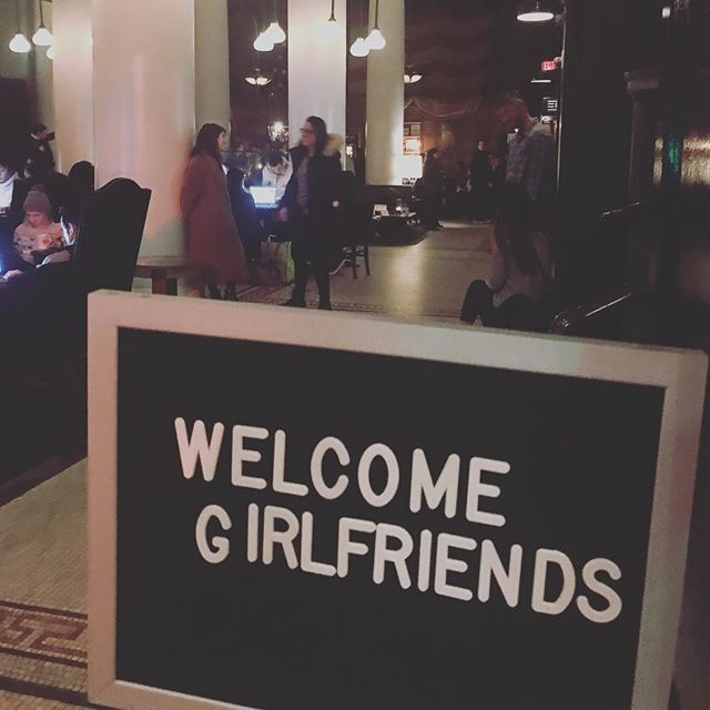 @acehotelnewyork really knows how to make you feel welcome! 🙏 . . Thank you @bensisto #girlfriendsnyc #drawing #handdrawn