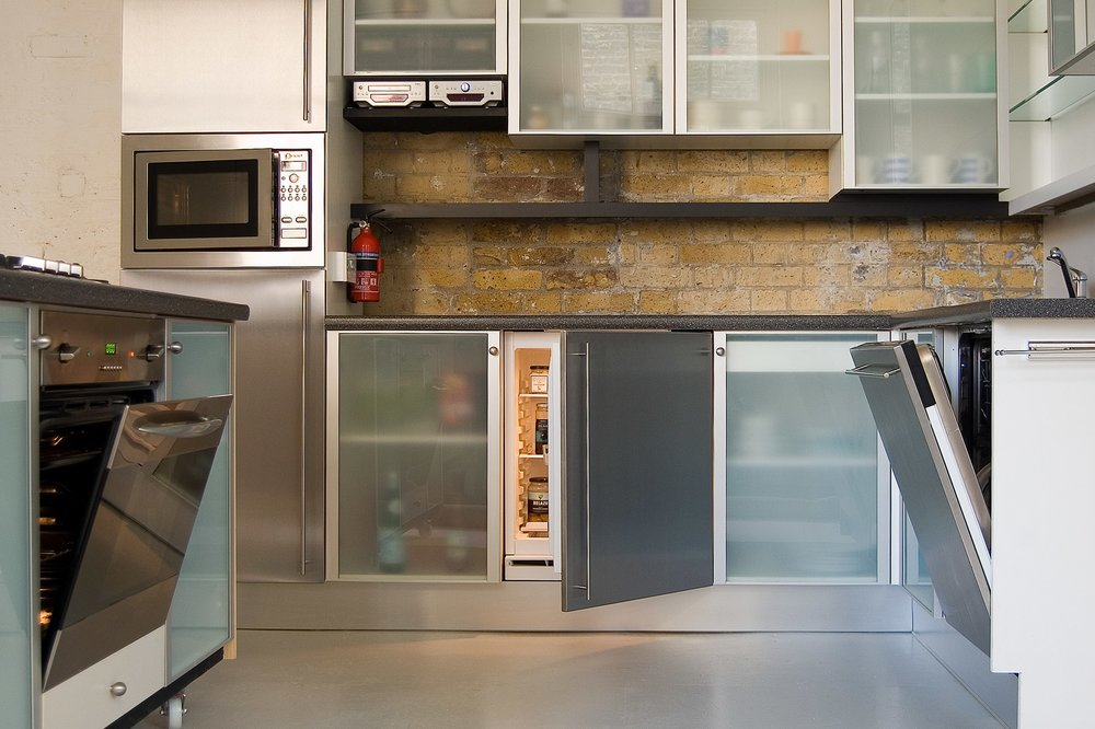 studio one fitted kitchen appliances