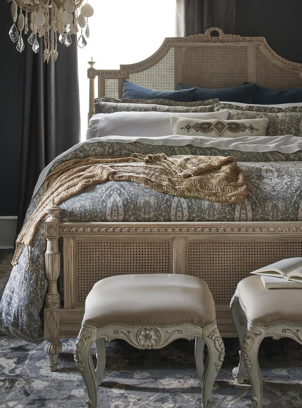 Styling-Soft Goods-Bedding (6).jpg