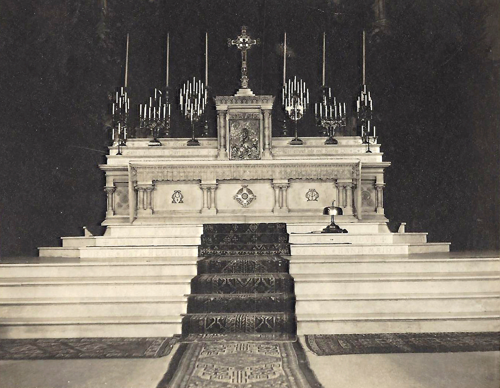 The High Altar in the late 1800s, before the canopy was added over the Crucifix
