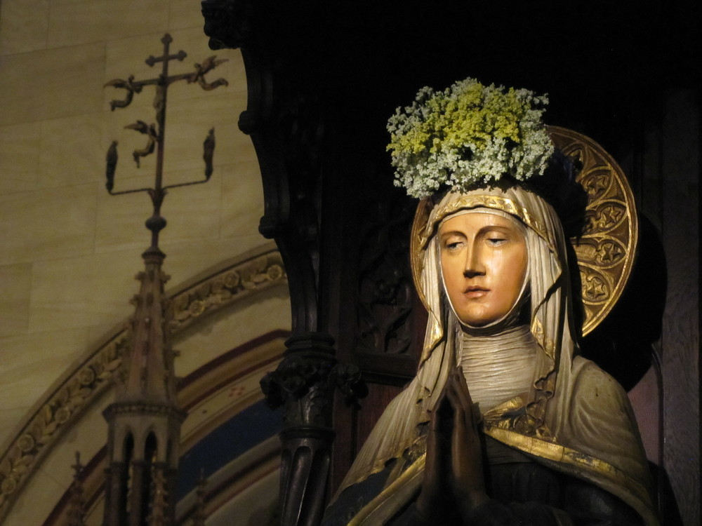 The May Crowning of the Blessed Virgin Mary statue at Saint Mary's