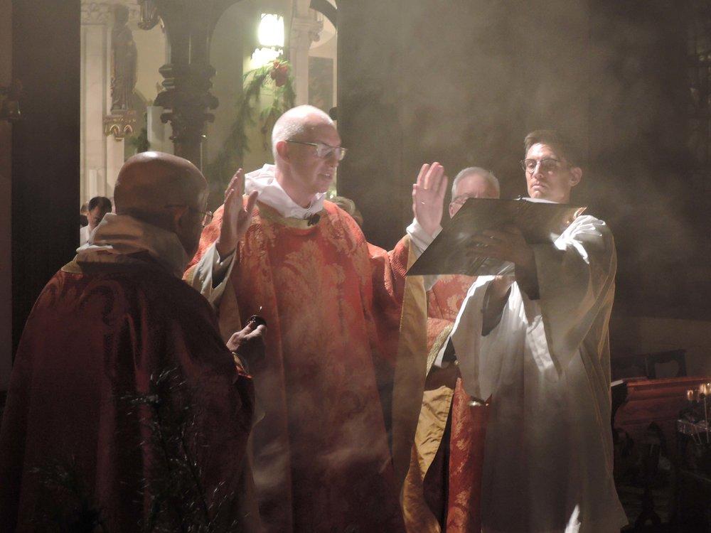 Prayers at the crèche