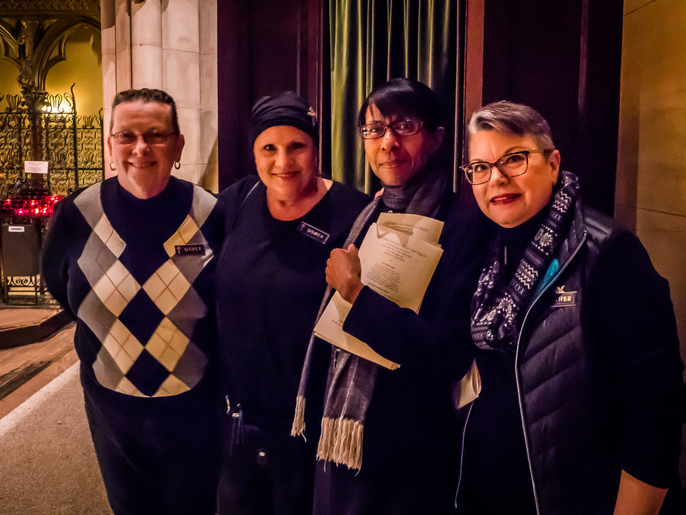 Usher Team (l. to r.): Pat Rheinhold, Eloise Hoffman, Sharon Stewart & Mary Robison   Photo:  Ricardo Gomez