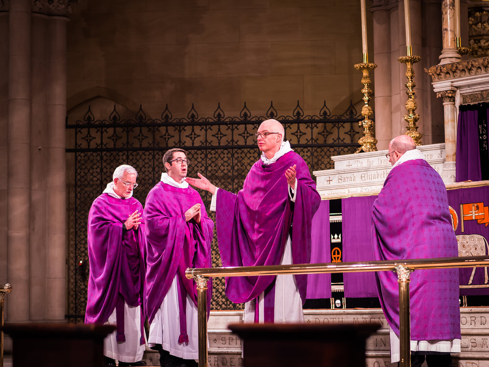 Father Gerth was celebrant at the Solemn Mass on the First Sunday in Lent.   Photo by Ricardo Gomez