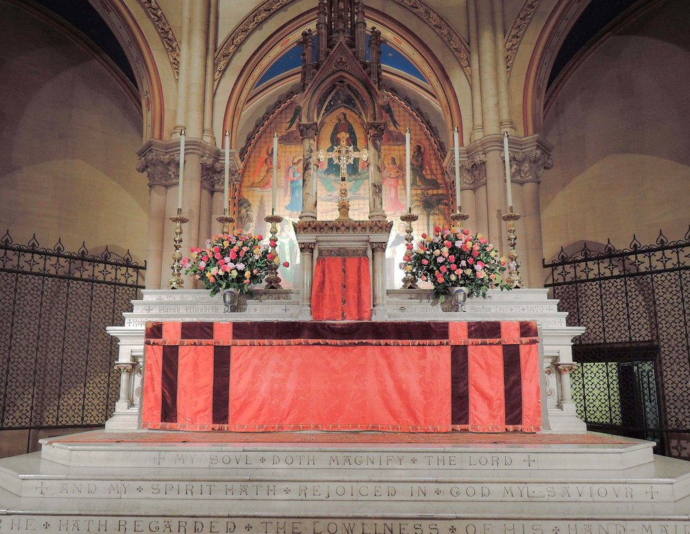 The High Altar on the Fourth Sunday in Lent: Laetare Sunday  Photo: Sister Monica Clare, C.S.J.B.