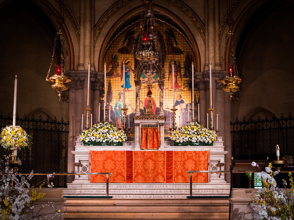 The High Altar, Easter Day  Photo by Ricardo Gomez