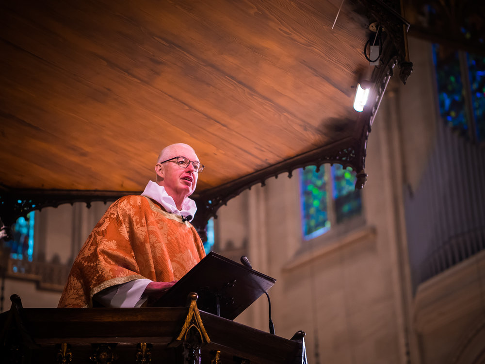 Father Stephen Gerth was celebrant and preacher at the Solemn Mass on the Day of Pentecost.  Photo by Ricardo Gomez