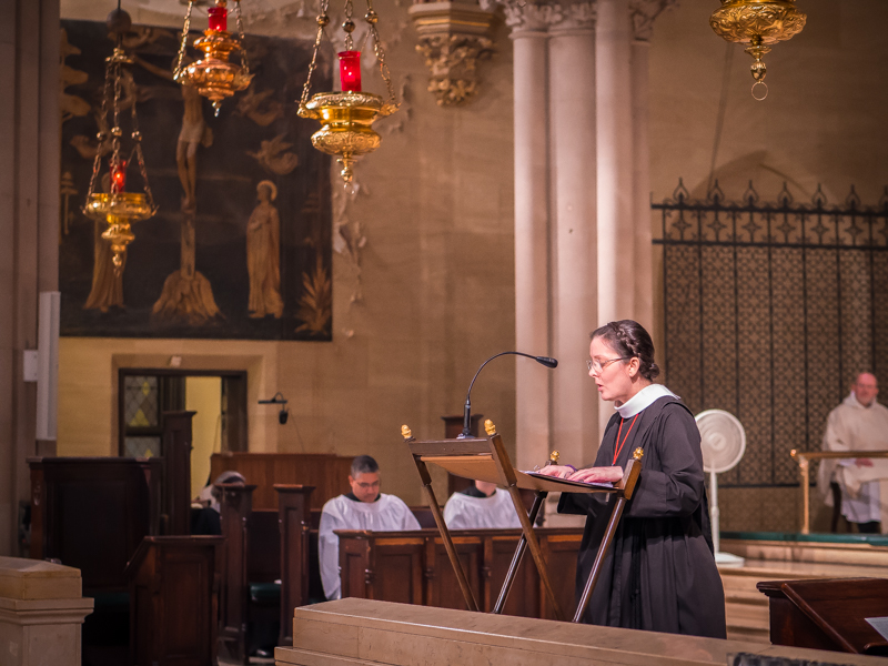 Sr. Monica Claire, C.S.J.B., sang the epistle.   Photo by Ricardo Gomez