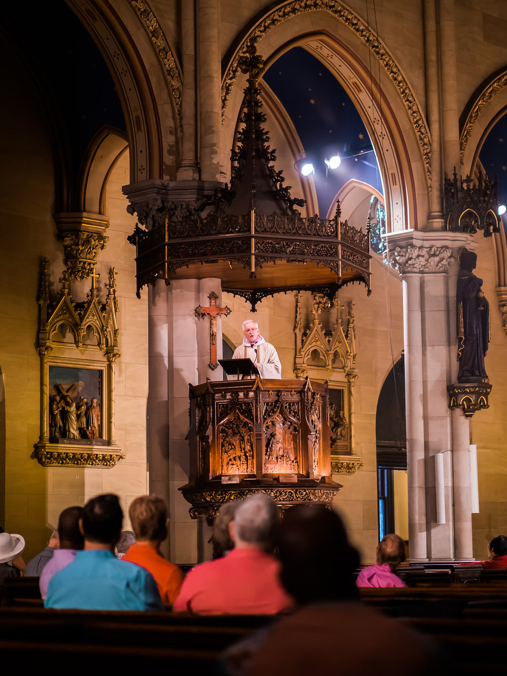 Father Jim Pace was celebrant and preacher for the Solemn Mass on June 24.   Photo by Ricardo Gomez