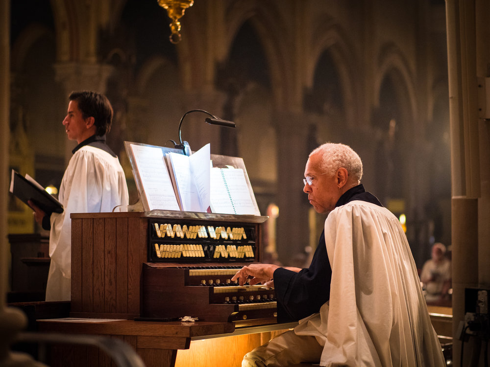 Clark Backstresser (L), cantor, with Dr. David Hurd at the Solemn Mass.  Photo by Ricardo Gomez