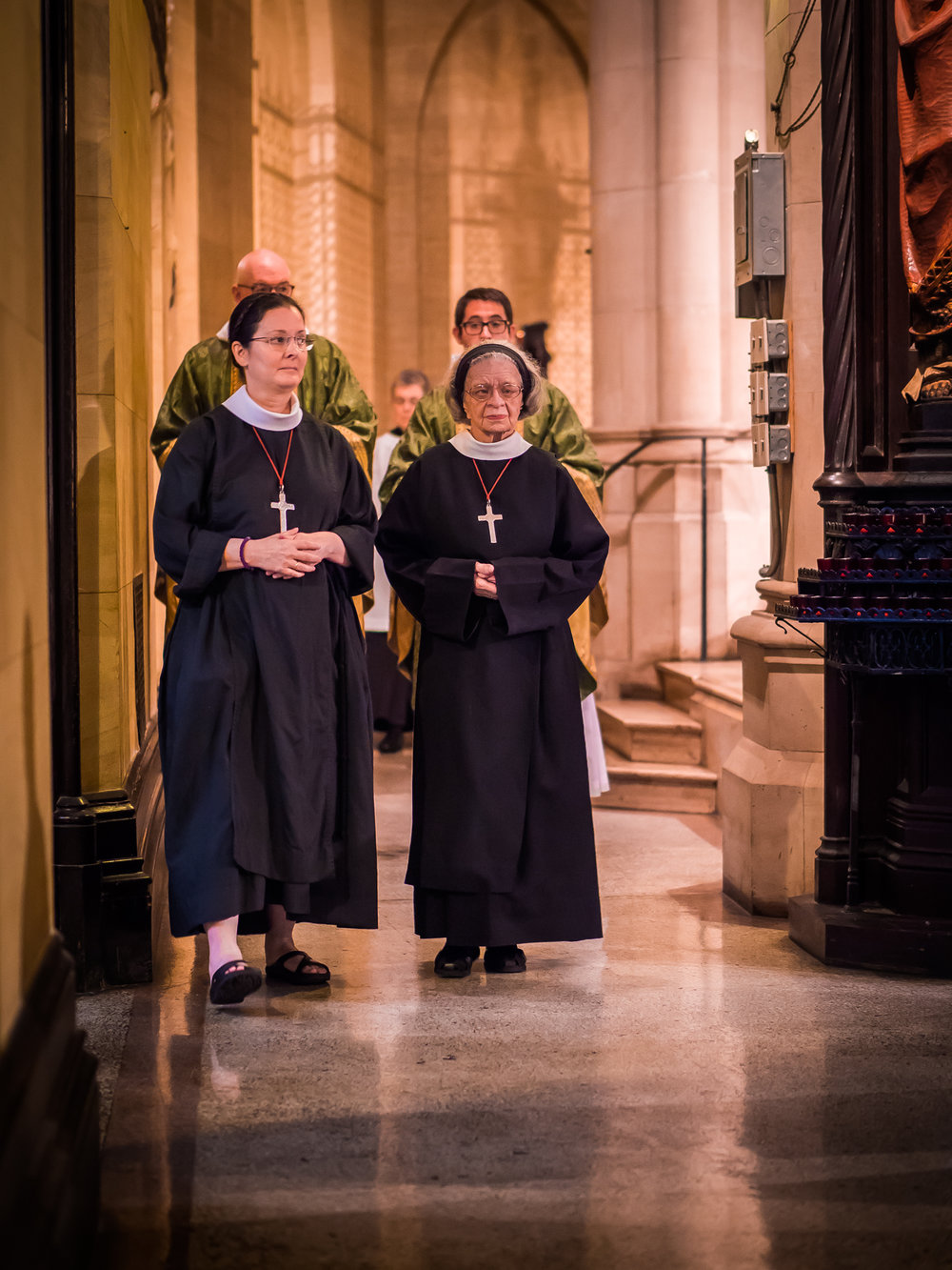 Sr. Monica Clare, C.S.J.B. (L) and Sr. Laura Katharine, C.S.J.B., Sunday, August 5, 2018   Photo by Ricardo Gomez