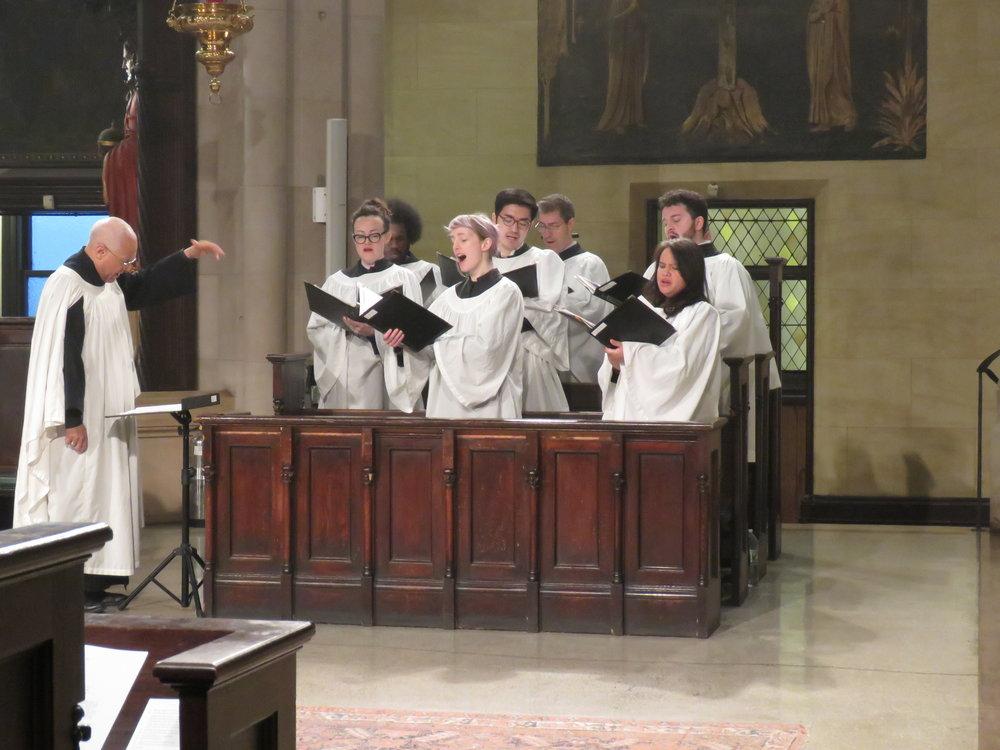 The choir sings  Sanctus et Benedictus.    Photo by Damien Joseph SSF