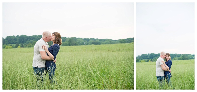 family-farm-engagement-session-in-maryland