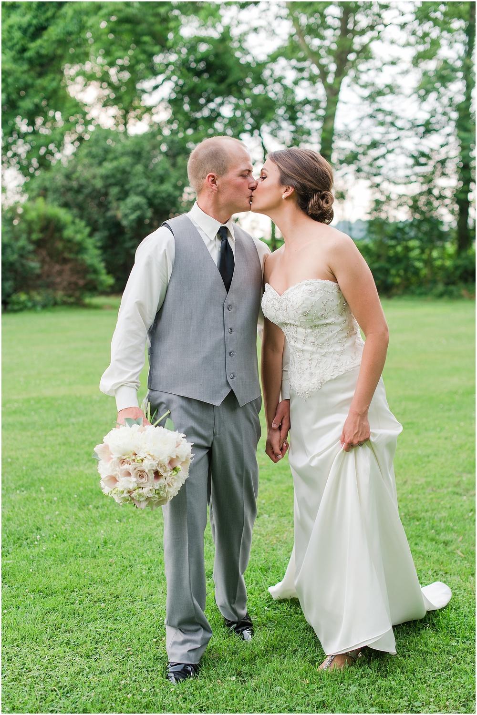 Hannah Leigh Photography Cameron Estate Inn Wedding_0478.jpg