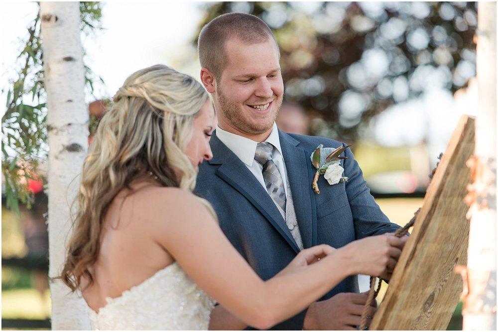 Hannah Leigh Photography Blue Hound Farm Wedding_1671.jpg