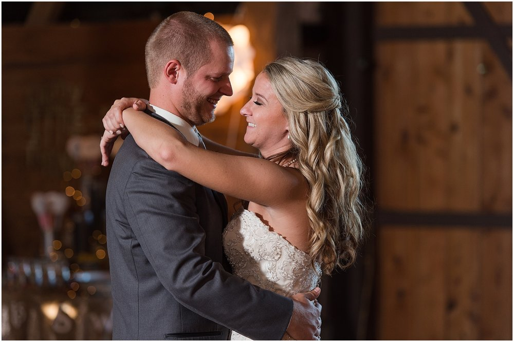 Hannah Leigh Photography Blue Hound Farm Wedding_1739.jpg