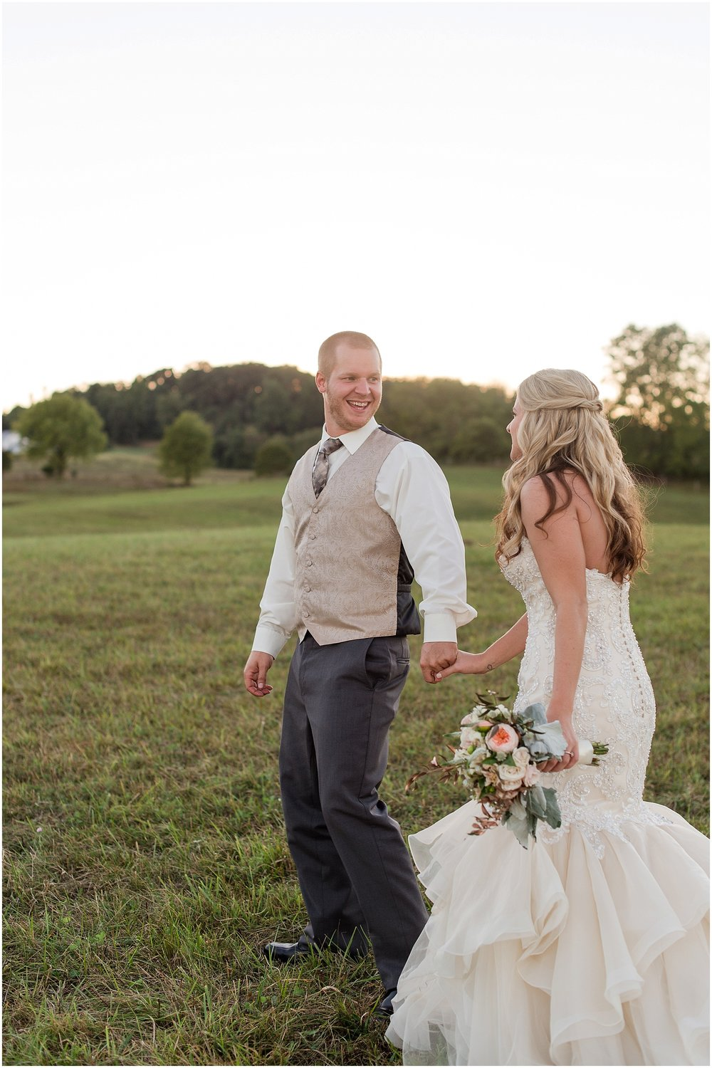 Hannah Leigh Photography Blue Hound Farm Wedding_1746.jpg