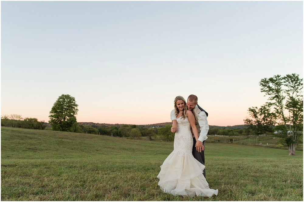 Hannah Leigh Photography Blue Hound Farm Wedding_1760.jpg