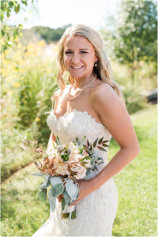Hannah Leigh Photography Blue Hound Farm Wedding_1776.jpg