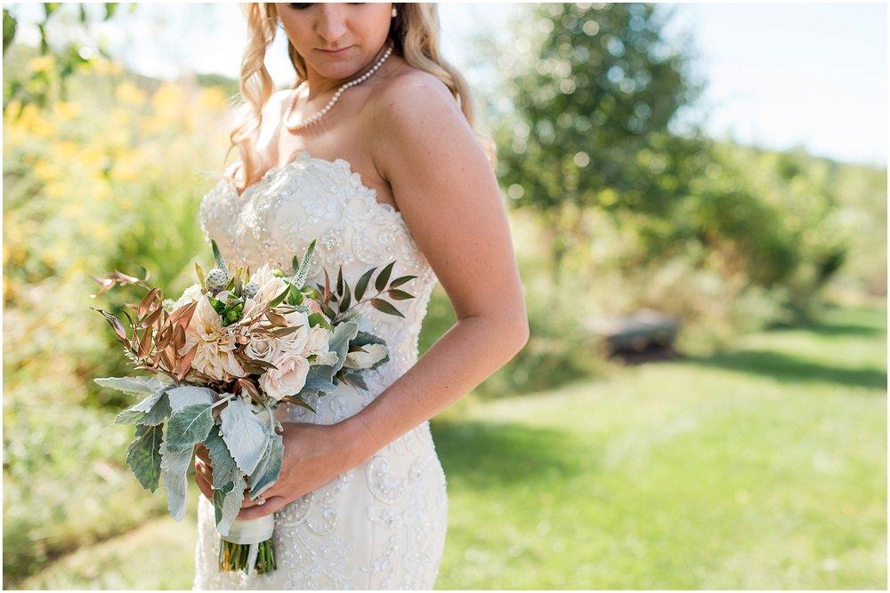 Hannah Leigh Photography Blue Hound Farm Wedding_1777.jpg