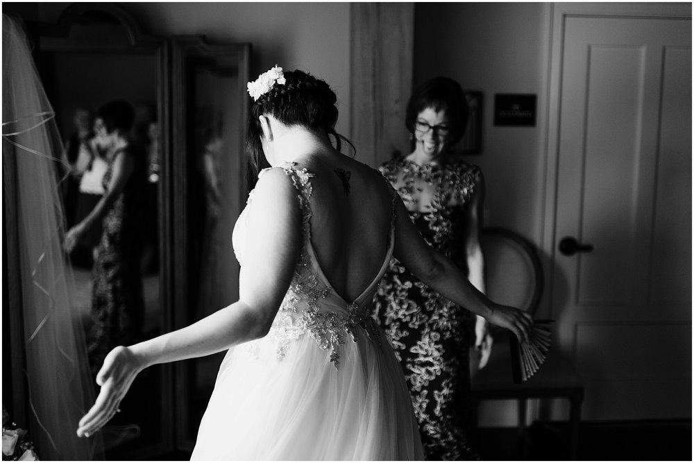 Hannah Leigh Photography Spring Wyndridge Farm Wedding_4061.jpg