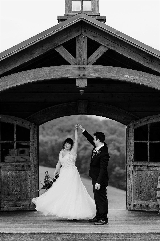 Hannah Leigh Photography Spring Wyndridge Farm Wedding_4131.jpg