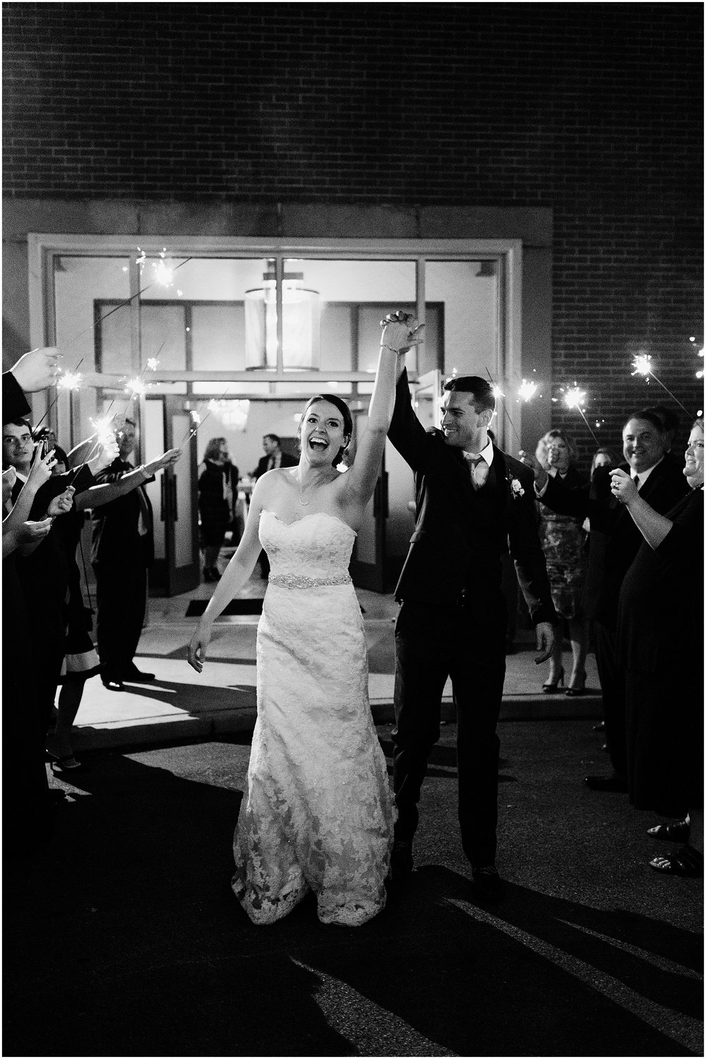 Hannah Leigh Photography The Bond Wedding York PA_6275.jpg
