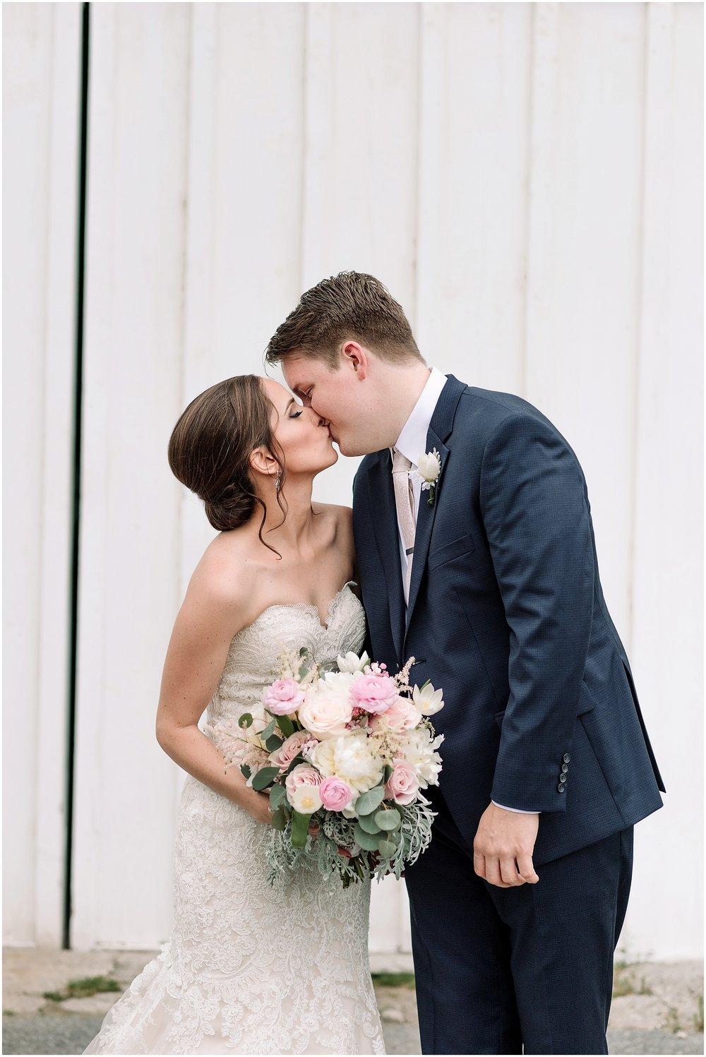 Hannah Leigh Photography Harmony Forge Inn Wedding Bellefonte PA_8241.jpg