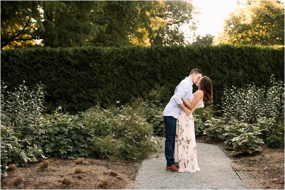 hannah leigh photography longwood gardens engagement session_2577.jpg
