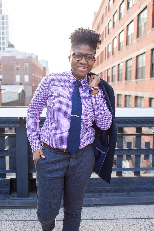 Kirrin Finch Women's Business Casual Shirt
